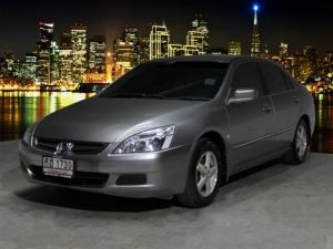 HONDA ACCORD 2.0 E A/T 2005