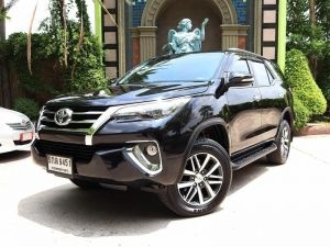 2016 TOYOTA Fortuner 2.4 (ปี 15-18) V 2WD SUV A/T