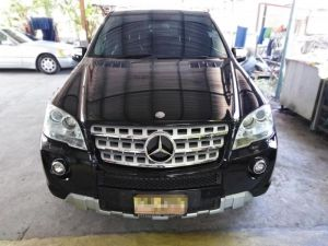 Mercedes-Benz ML 300 CDI BlueEFFICIENCY AT
