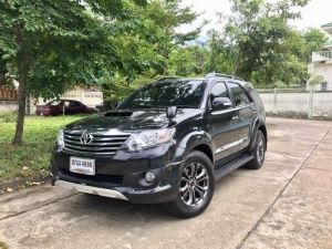 TOYOTA FORTUNER TRD 3.0 V NAVI เกียร์AT/4WD ปี 2013