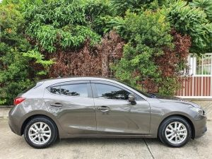 Mazda 3 2.0 E Sports Hatchback AT ปี 2015