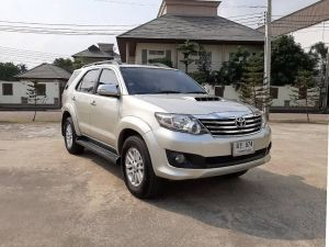 Toyota Fortuner 3.0 V 2wd ปี 2012 ไมล์ : 74,804km.