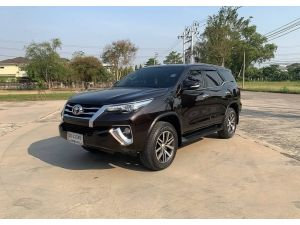 Toyota Fortuner 2.8 V 4wd ปี 2016 ไมล์ : 49,xxx km.