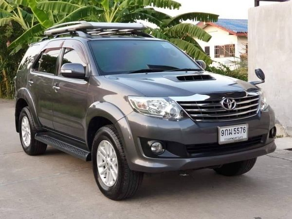 TOYOTA FORTUNER 2.5 G ปี2012