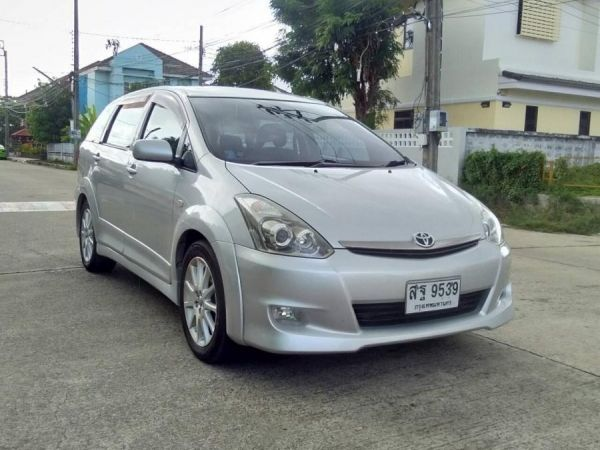 TOYOTA WISH 2.0 Q LIMITED ปี2006