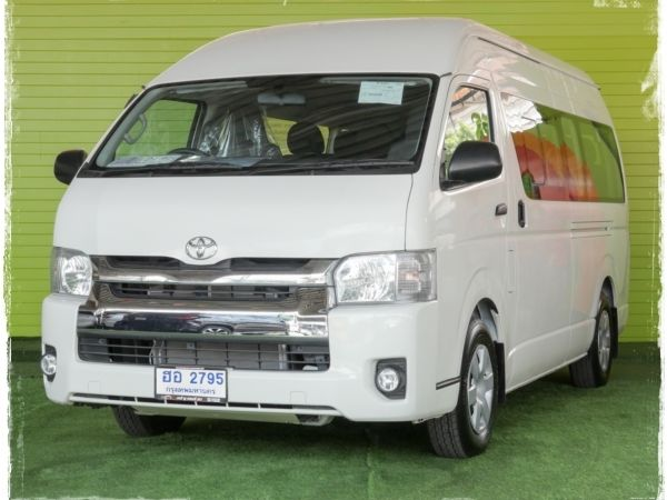 รถตู้ TOYOTA COMMUTER 3.0 AT 18