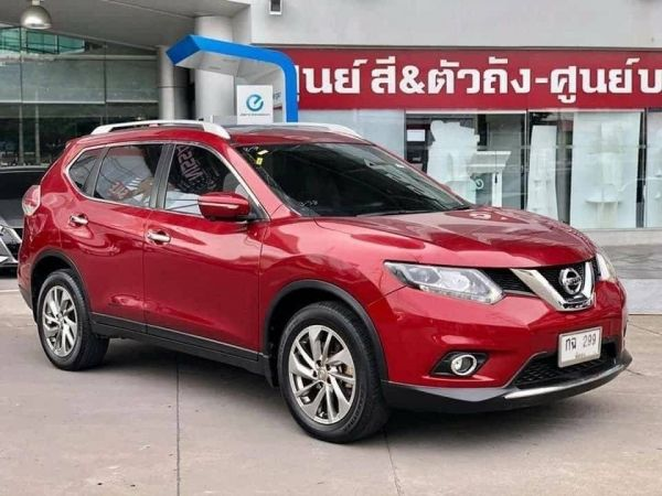 NISSAN X-Trail 2.5 V 4WD AT ปี 2015