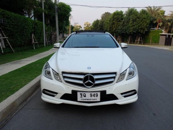 2013 Mercedes Benz E250 Coupe AMG-Package สีขาว เบาะแดง