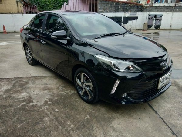 Toyota Vios 1.5 High  AT ปี 2019