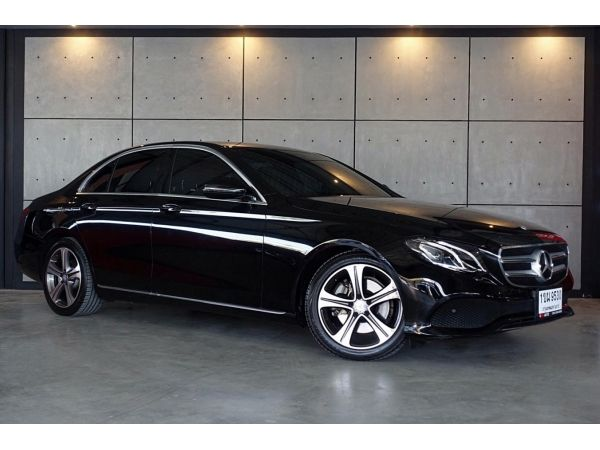 2017 Mercedes-Benz E220 2.0 W213  d Avantgarde Sedan AT(ปี 16-20) B9530